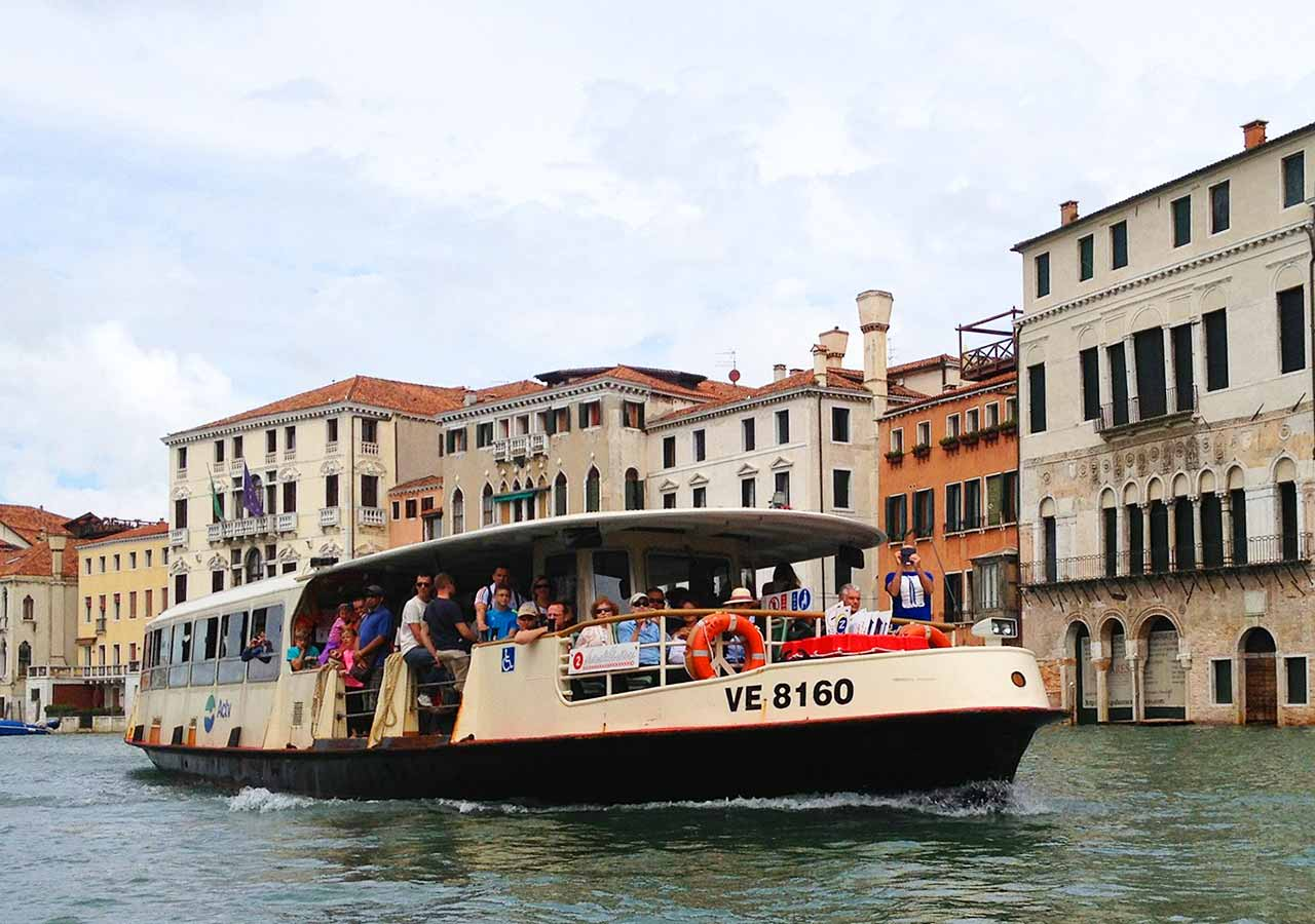 ベネチア観光 ヴァポレット(VAPORETTO)の画像