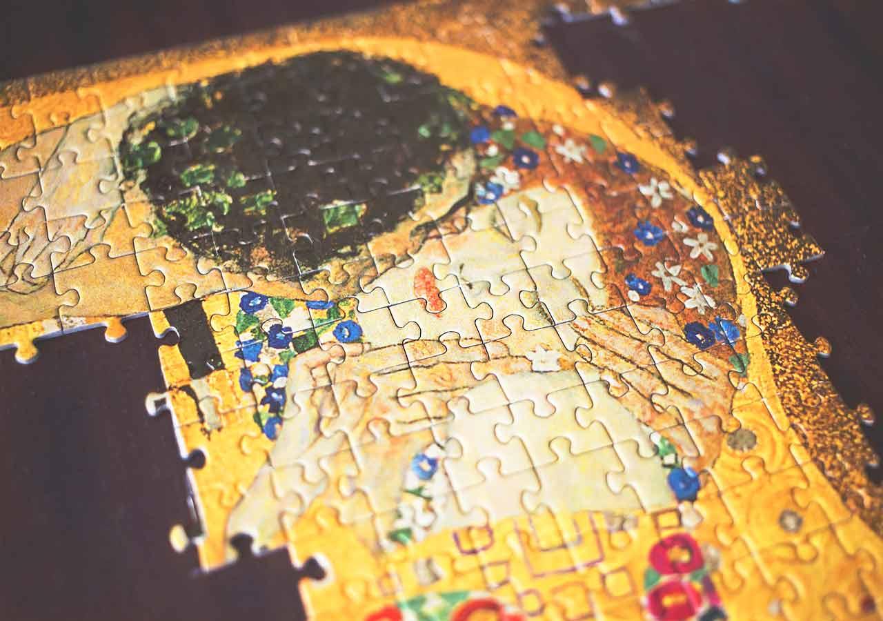 オーストリア・ウィーンのお土産 クリムト系雑貨 クリムトの作品「KISS」のジグソーパズル