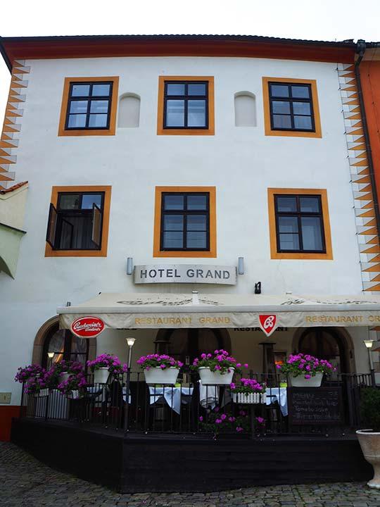チェスキークルムロフ観光 おすすめホテル ホテル グランド(Hotel Grand)
