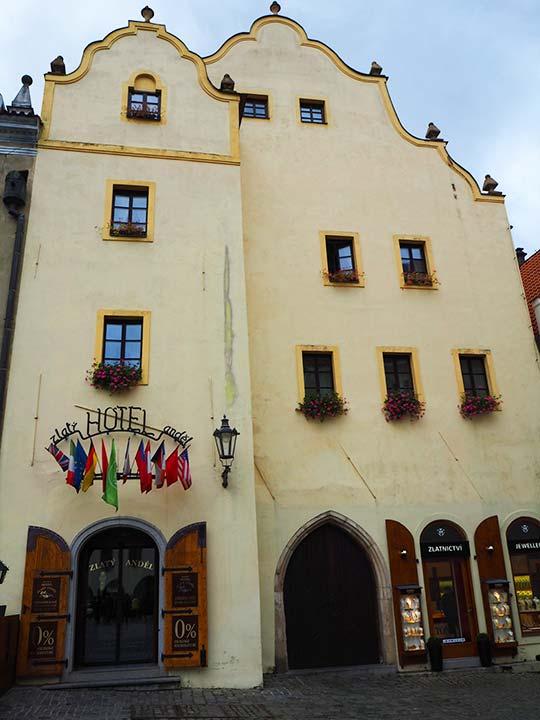 チェスキークルムロフ観光 おすすめホテル ホテル ズラティー アンデル(Hotel Zlaty Andel)