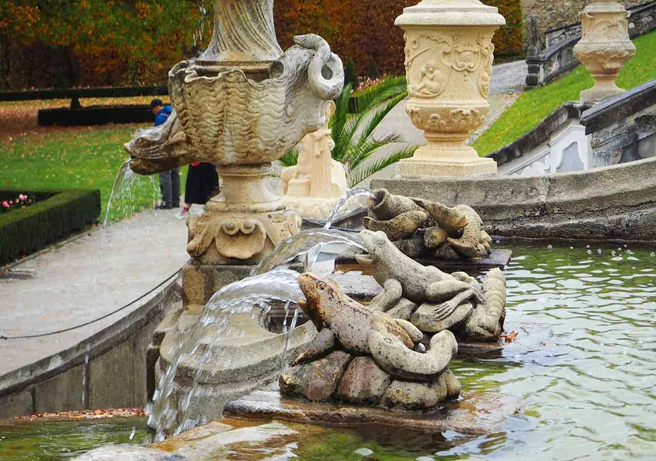チェスキークルムロフ観光 城の庭園(Catsle Garden)