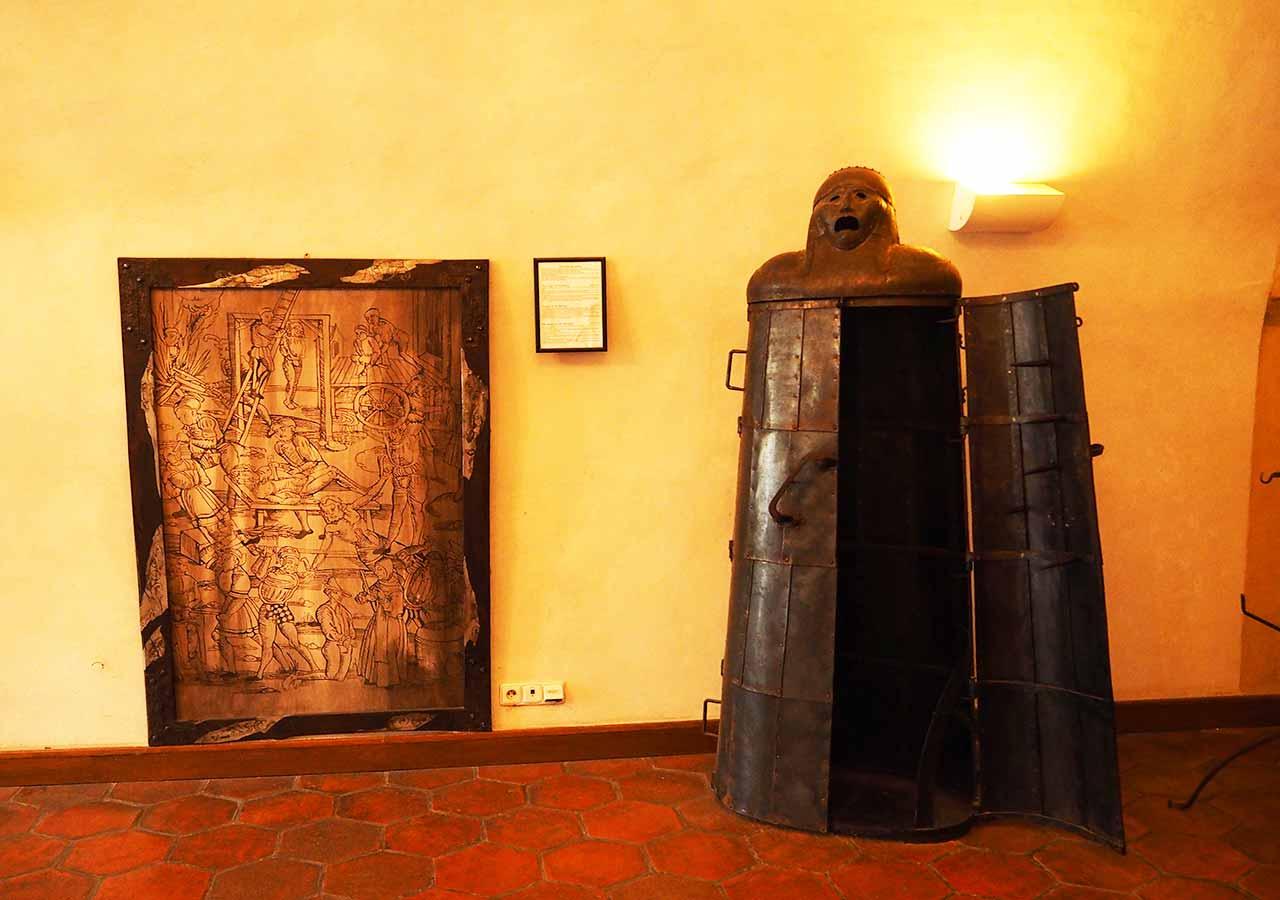 チェスキークルムロフ観光 拷問博物館(Museum of Torture)
