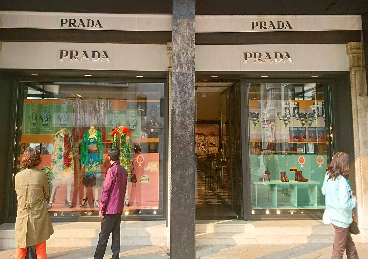 イタリア旅行 旅行で使えるイタリア語フレーズ ショッピングで使うフレーズ