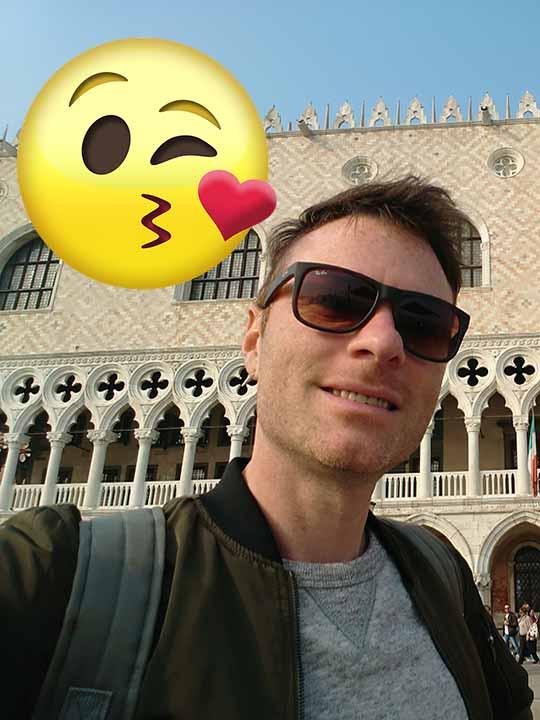 イタリア旅行の準備 イタリアはキスの文化