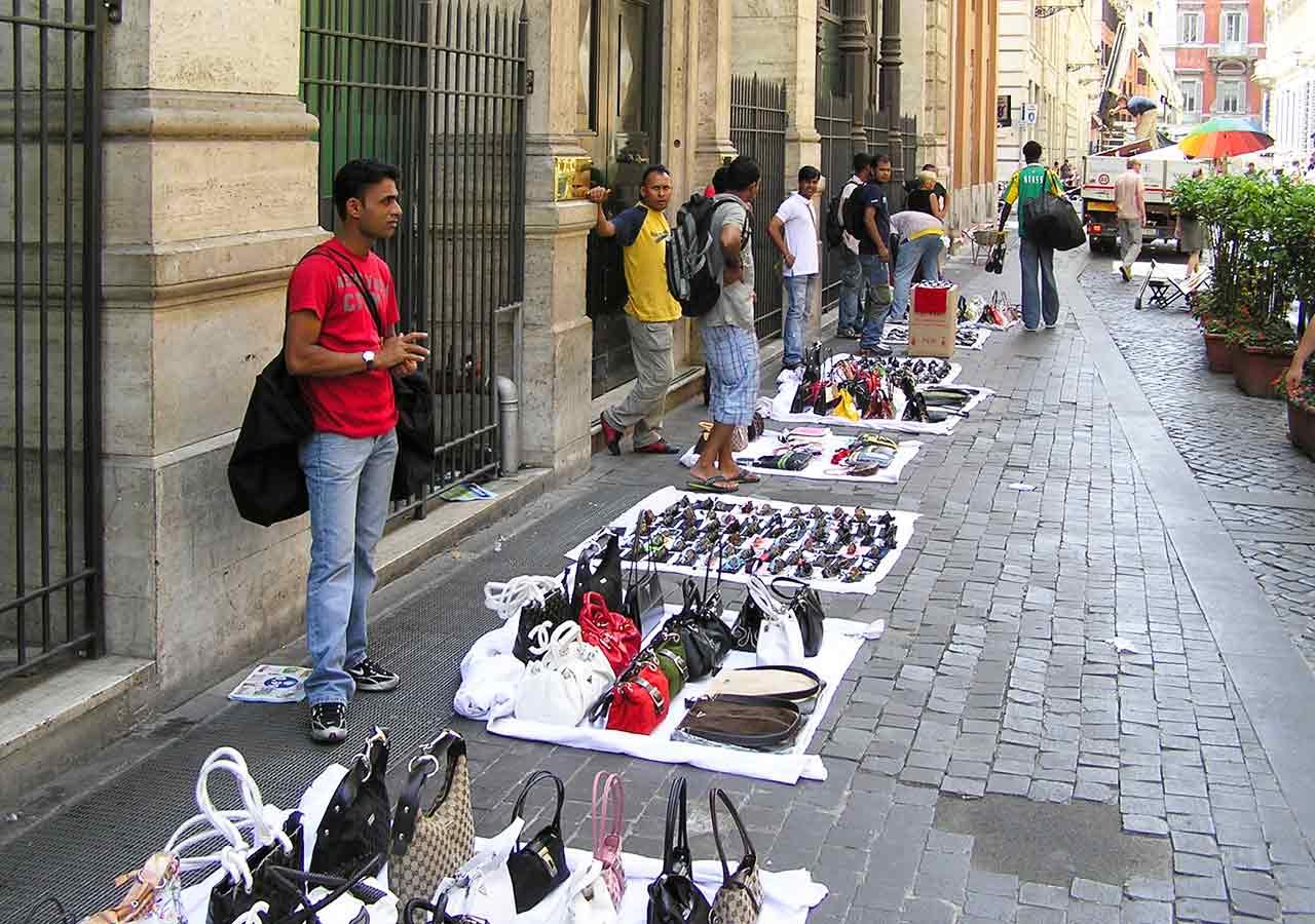 イタリア旅行 注意すべきこと 行商品