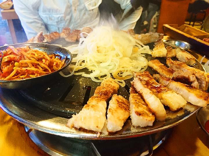 「釜山の西面グルメ!サムギョプサル食べ放題が安くて美味しい人気店はここ!」 トップ画像