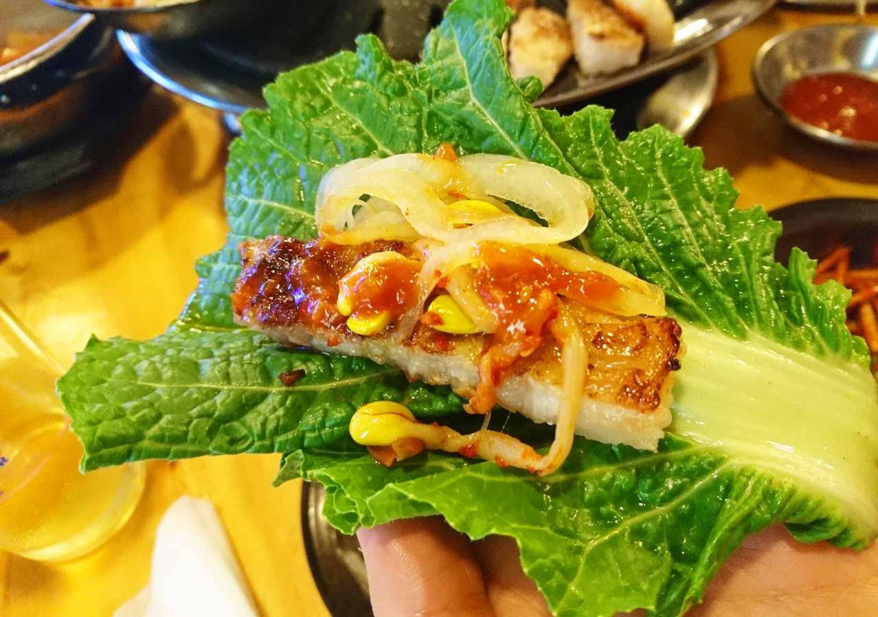 釜山の西面グルメ サムギョプサルレストラン 무한한판8.8 食べ方