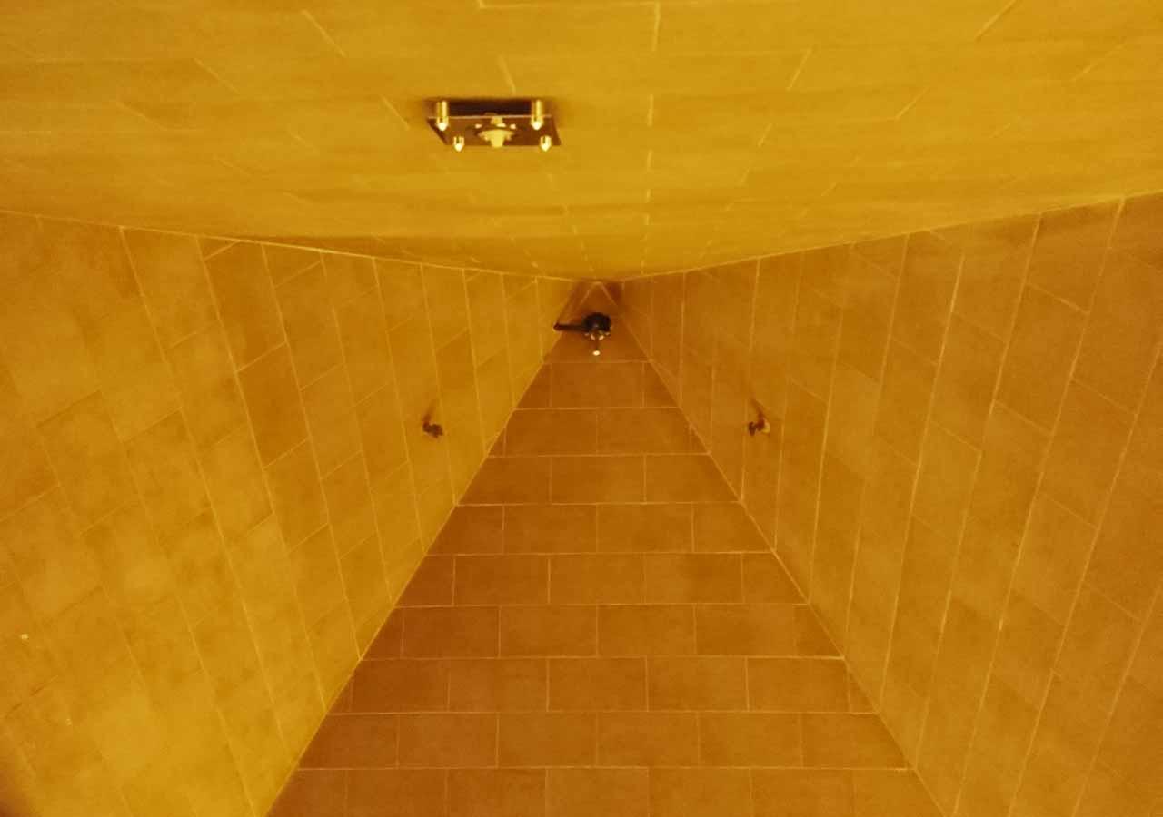 釜山観光 新世界スパランド ピラミッドルーム