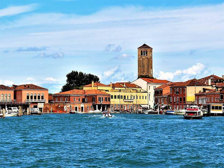 「ベネチア・ムラーノ島はガラス工房の島!ベネチアングラスを堪能しに行こう!」 トップ画像