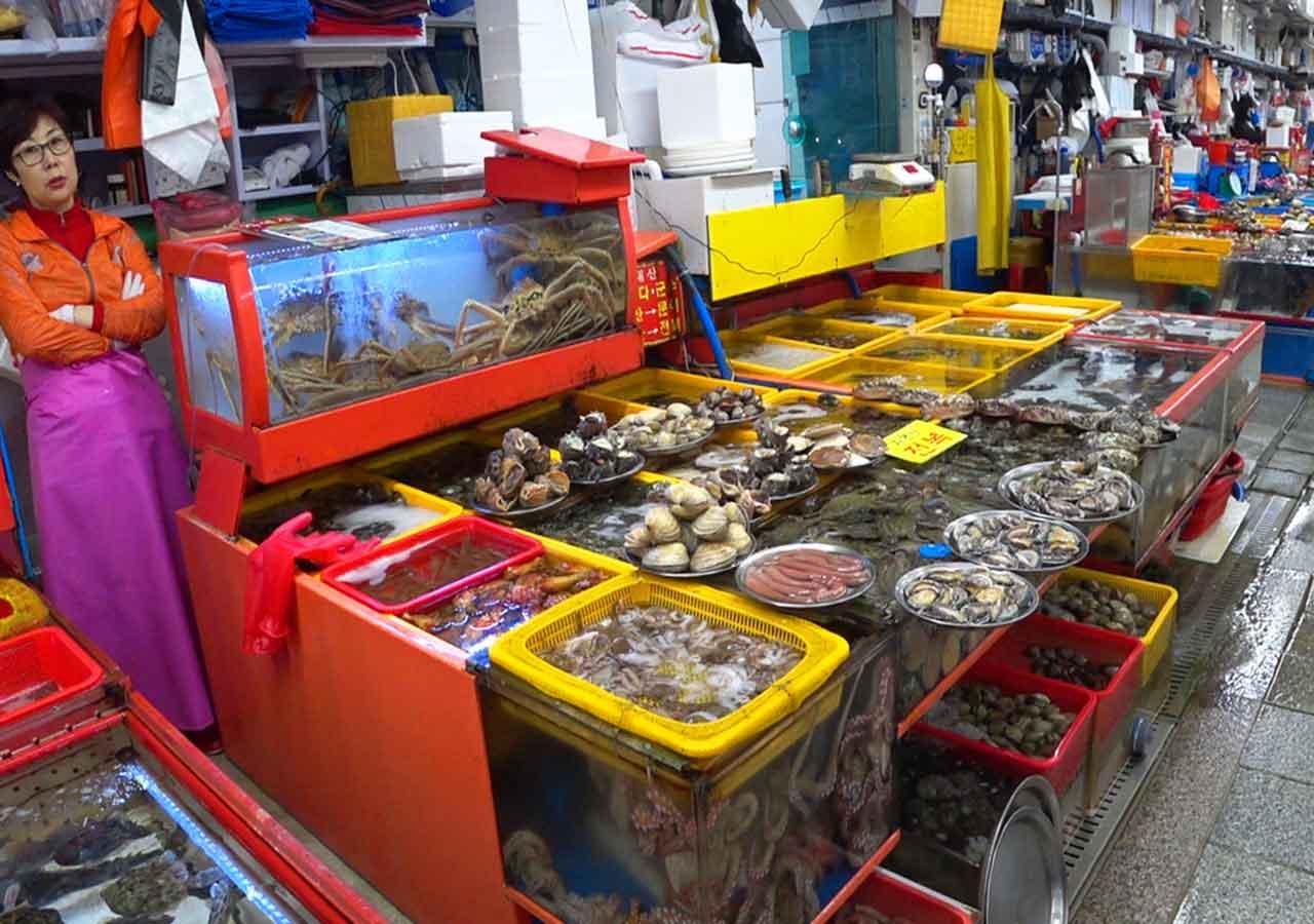 釜山観光 チャガルチ市場 チャガルチアジメ