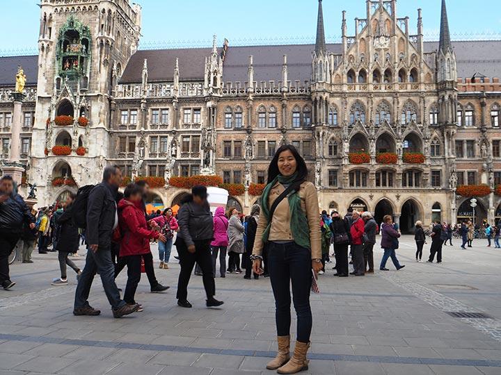 「ミュンヘン一の名所「マリエン広場」で市庁舎とからくり時計を満喫しよう!」 トップ画像