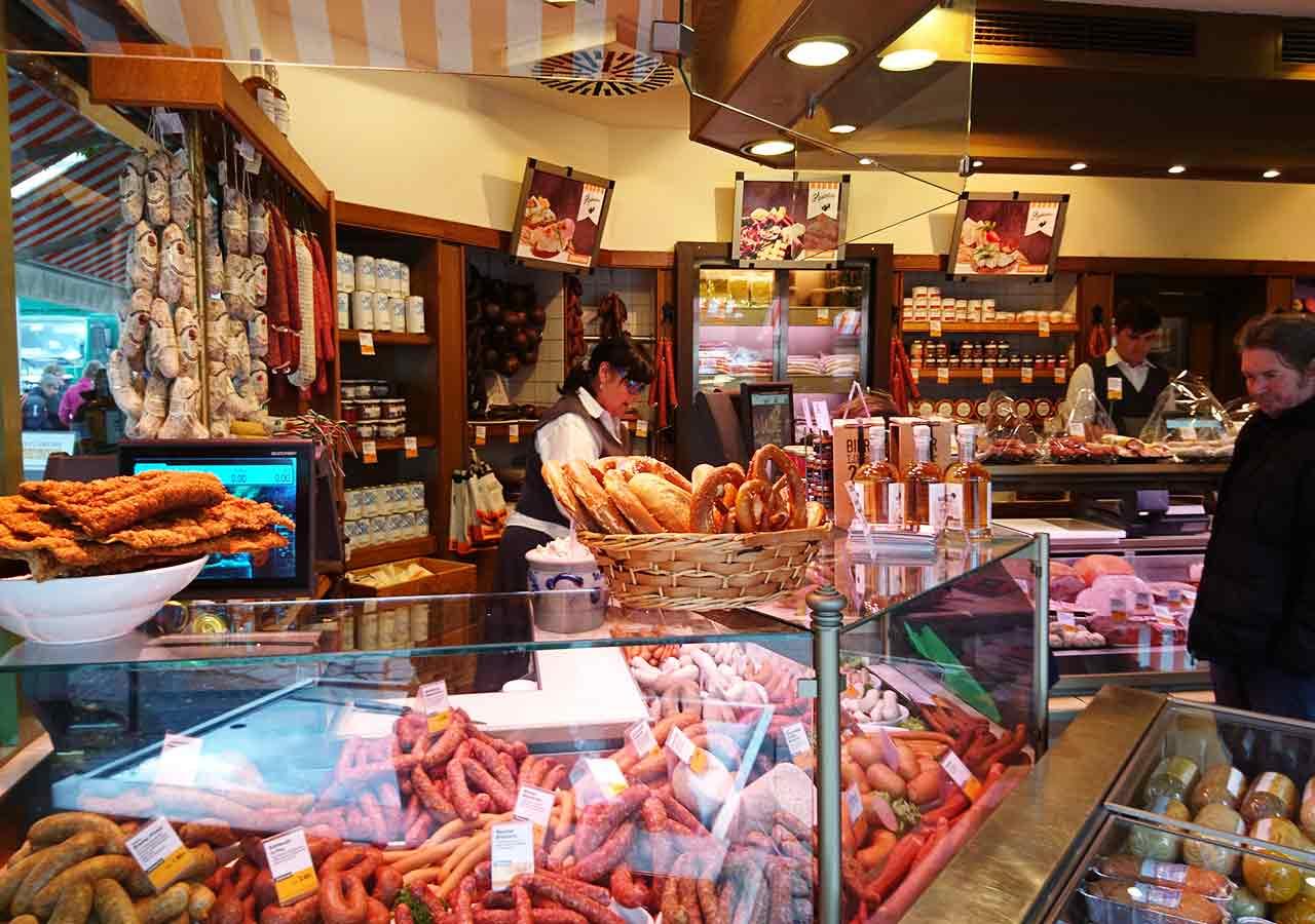 ミュンヘン観光 ヴィクトアリエンマルクト(Viktualienmarkt)