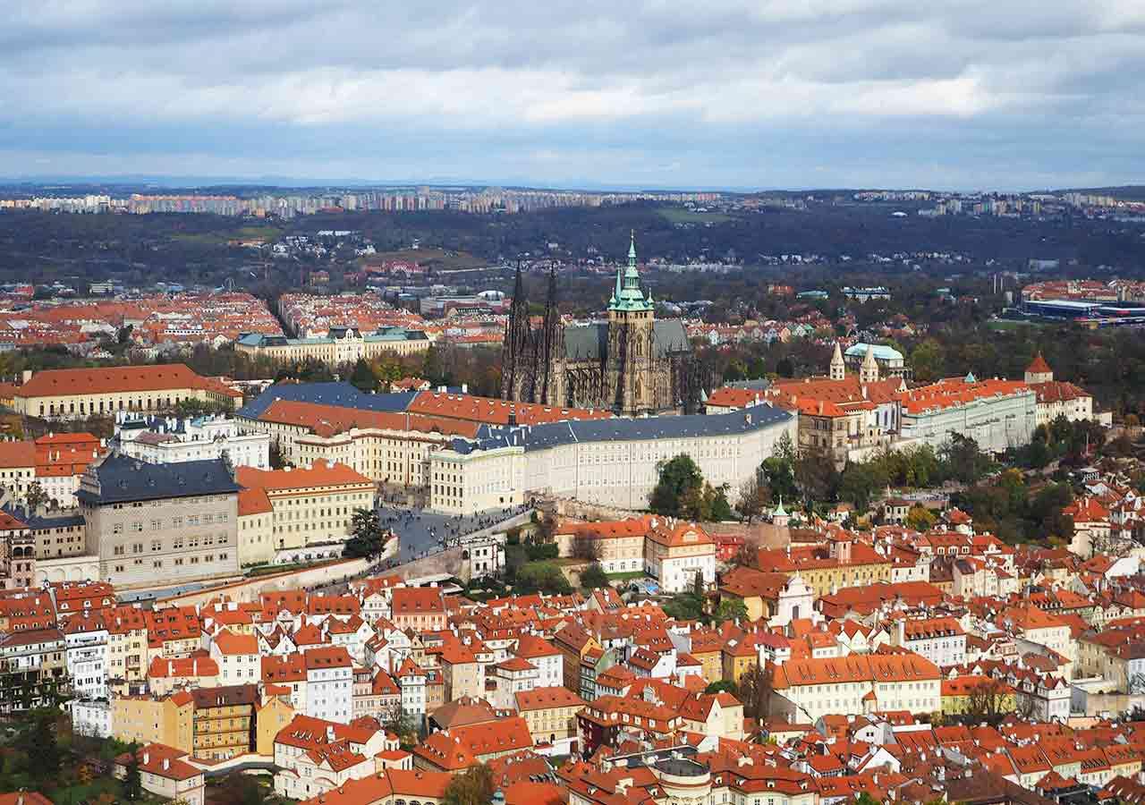 チェコ観光 プラハ城の展望