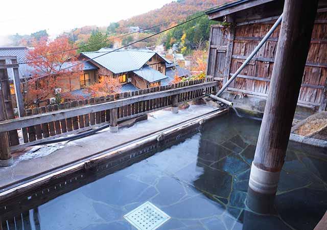 熊本県小国町 わいた温泉郷 旅館 山翠 女性用露天風呂