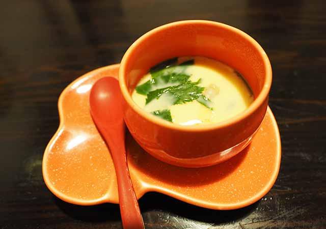熊本県小国町 わいた温泉郷 旅館 山翠 夕食の茶わん蒸し