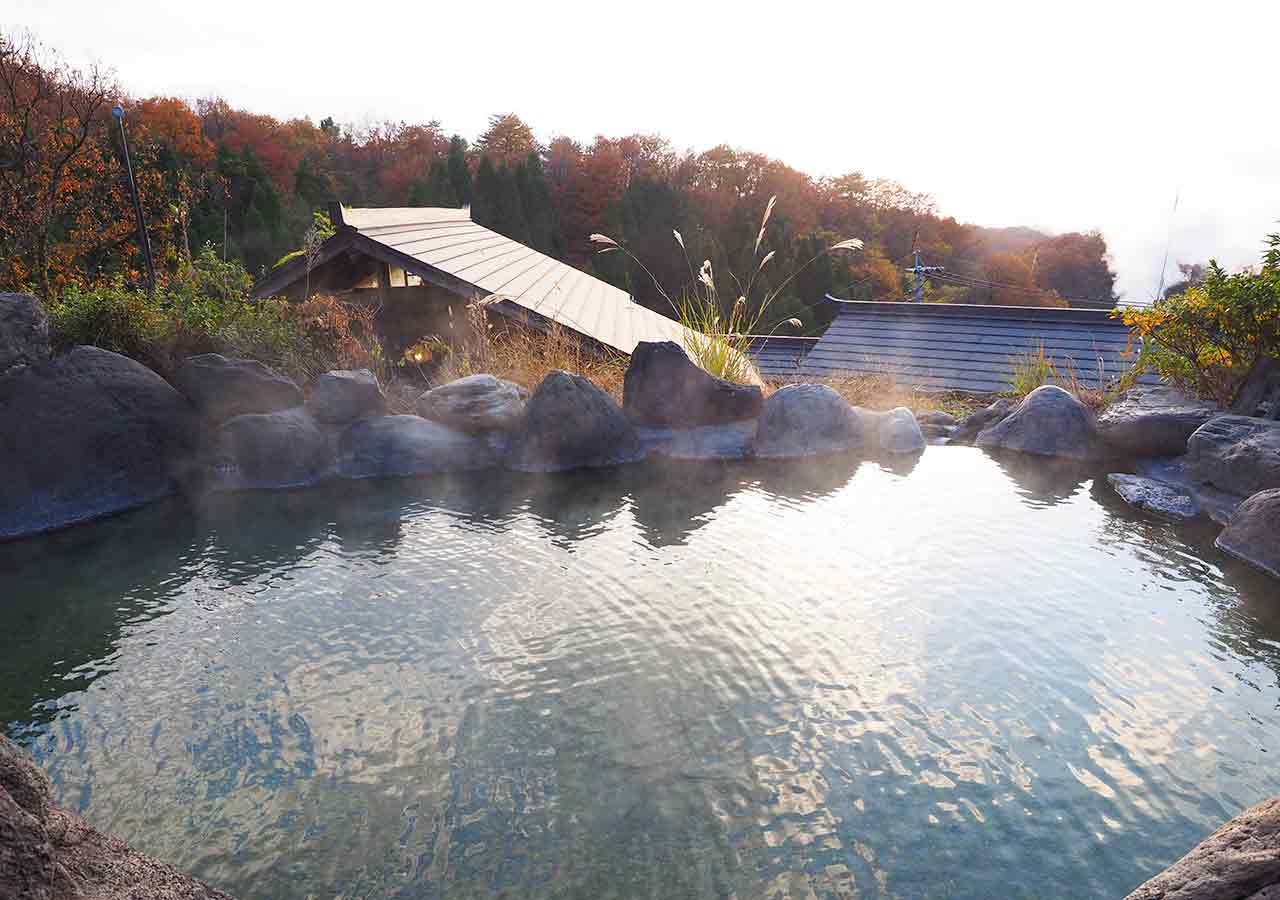 熊本県小国町 わいた温泉郷 旅館 山翠 混浴露天風呂「仙人の湯」