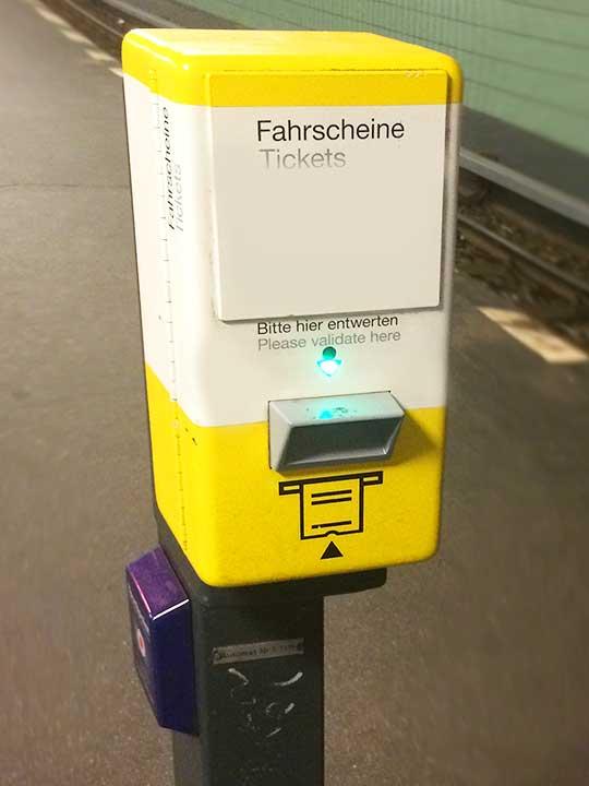 ミュンヘン観光 公共交通機関 乗り方 打刻機