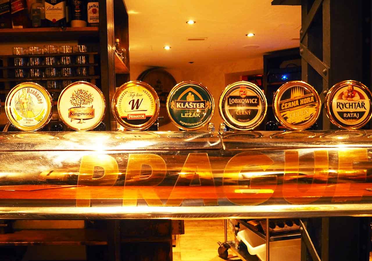 プラハ観光 プラハビールミュージアム(Prague Beer Museum) タップの銘柄