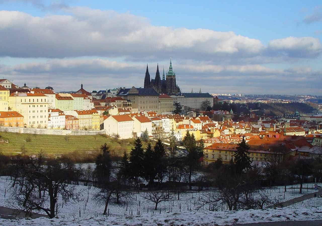 プラハ観光 プラハの雪の景色
