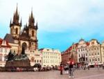 「プラハの旧市街広場を徹底解剖!世界遺産の広場を徒歩で散策しよう!」 トップ画像
