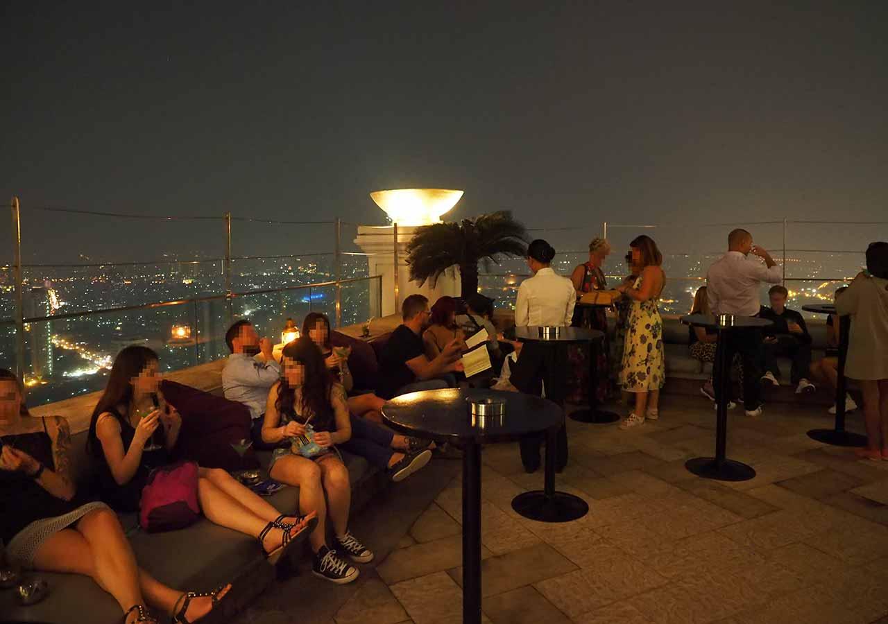 バンコクの5つ星高級ホテル ルブア アット ステート タワー(lebua at State Tower) DISTIL BAR