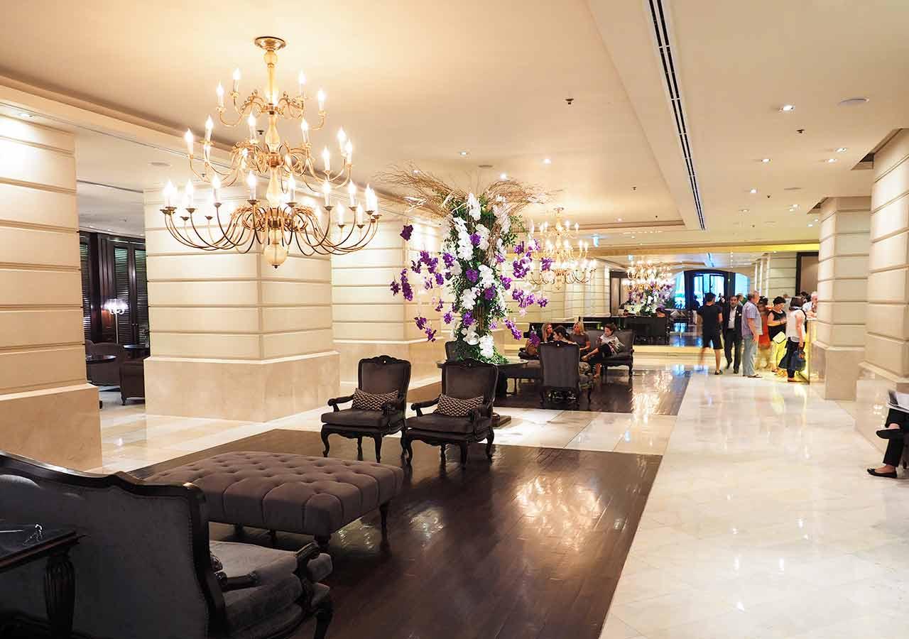 バンコクの5つ星高級ホテル ルブア アット ステート タワー(lebua at State Tower) ロビー