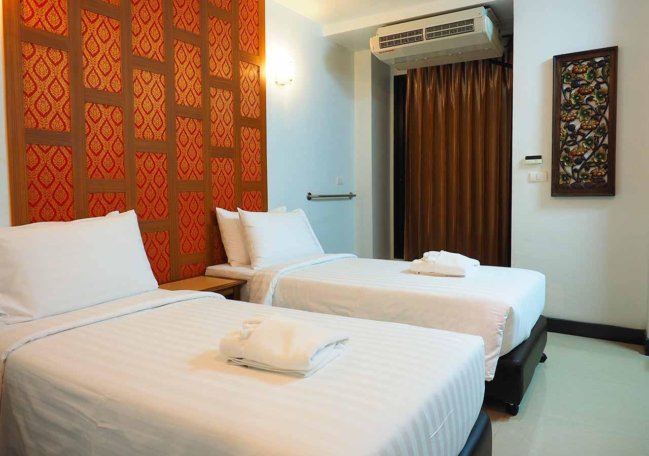 バンコクのおすすめホテル カオサン通り周辺 ニューサイアムパレスヴィル(New Siam Palace Ville) 客室