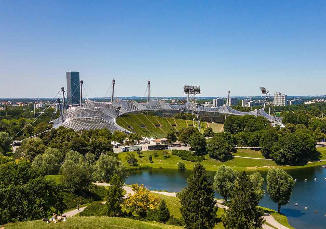 ミュンヘン観光 オリンピック公園 オリンピアシュタディオン(Olympiastadion)