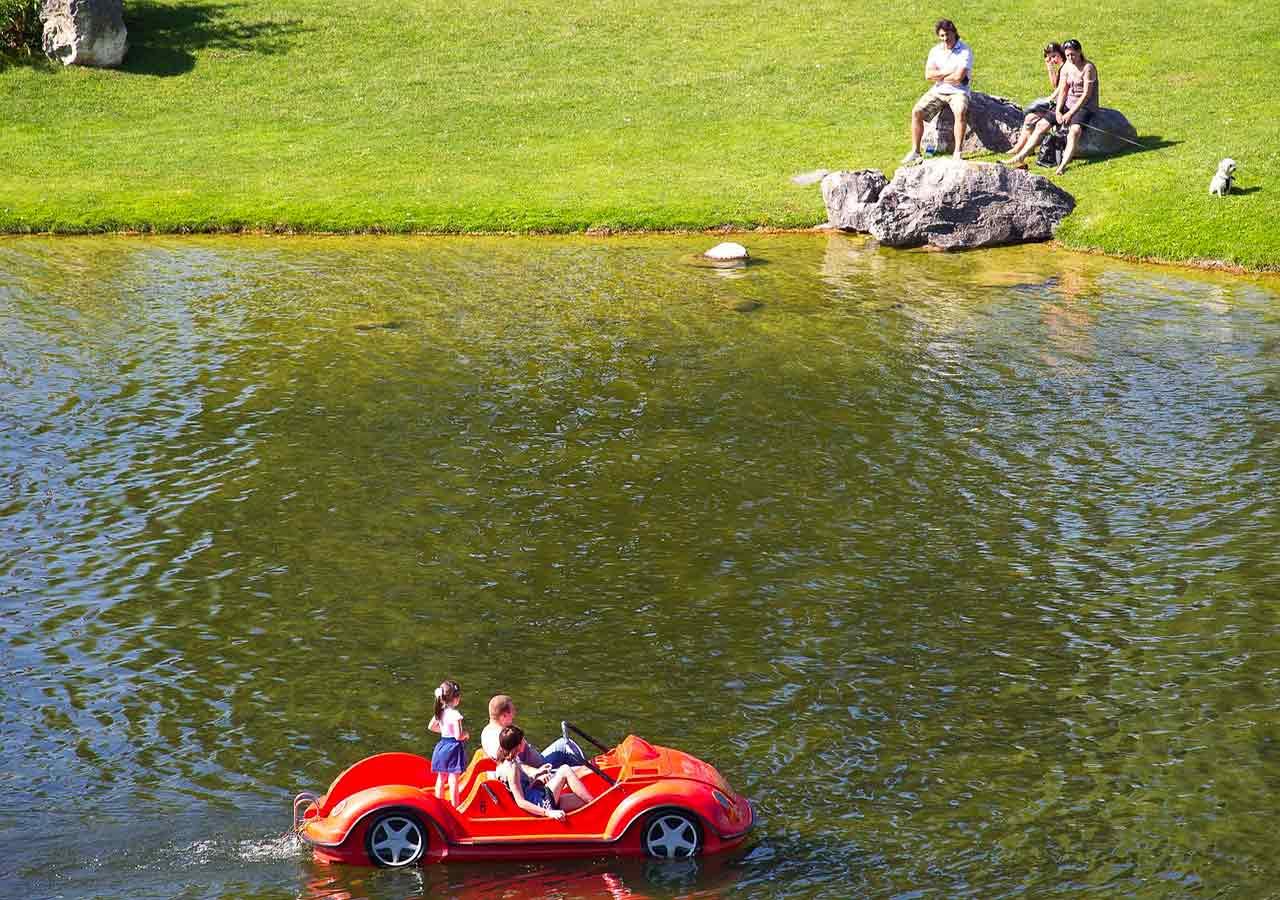 ミュンヘン観光 オリンピック公園 池