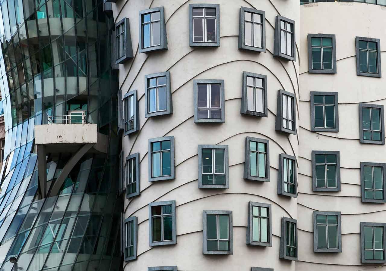 プラハ観光 ダンシングハウス(Dancing House)