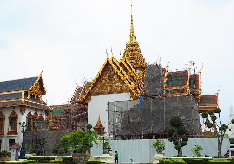 バンコク観光 ワットプラケオ(Wat Phra Kaew) ドゥシット・マハー・プラサート宮殿