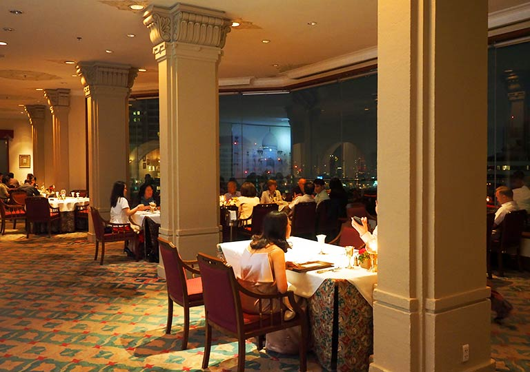 バンコク・アソーク駅近くのおすすめホテル レンブラント ホテル(Rembrandt Hotel) レストランRang Mahal Indian Restaurant