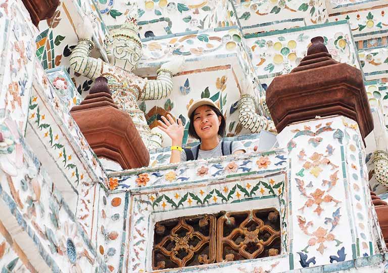 バンコク観光 ワットアルン(Wat Arun)大仏塔の装飾