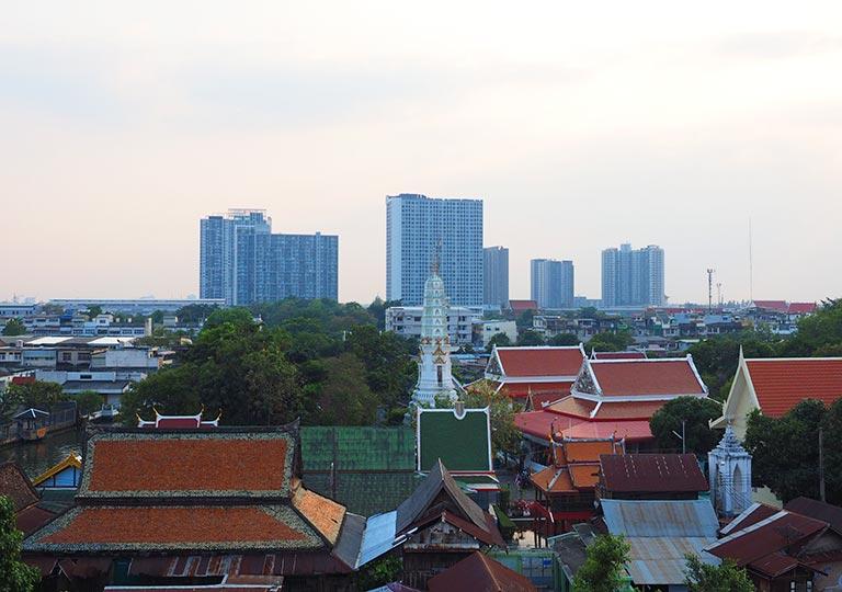 バンコク観光 ワットパクナム(Wat Paknam) 5階のテラスからの眺め