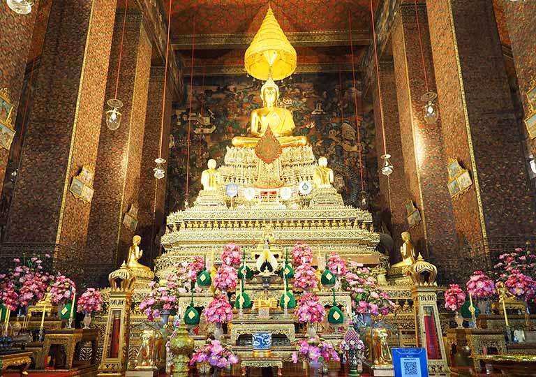バンコク観光 ワットポー(Wat Pho)ウボーソット(本堂)の本尊