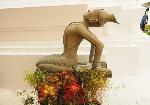バンコク観光 ワットポー(Wat Pho)ヨガ像・マッサージ像