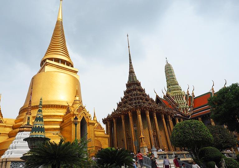 バンコク観光 ワットプラケオ(Wat Phra Kaew)