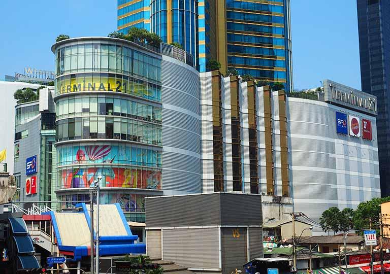 バンコク・スクンビットの格安ホテル シティ ポイント ホテル(CityPoint Hotel) ホテル近くのターミナル21