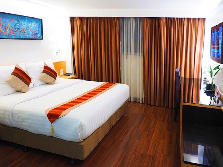 「バンコク・スクンビットのコスパ最強な格安ホテル!シティポイントホテル宿泊記!」 トップ画像