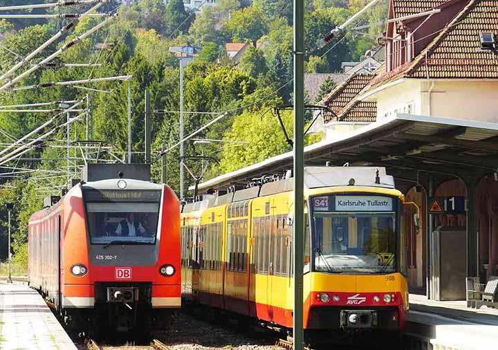 ミュンヘンとベルリンの移動方法 DBの電車