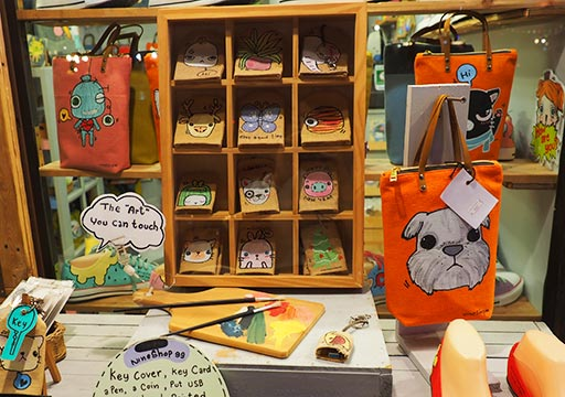 バンコク観光 チャンチューイ・クリエイティブパーク(Chang Chui Creative Park)ショップの雑貨