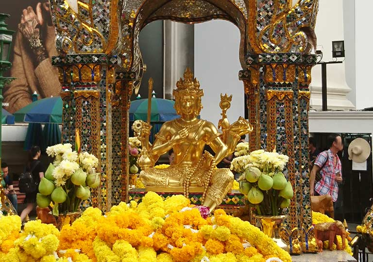 バンコク観光 エラワン廟 ブラフマー神