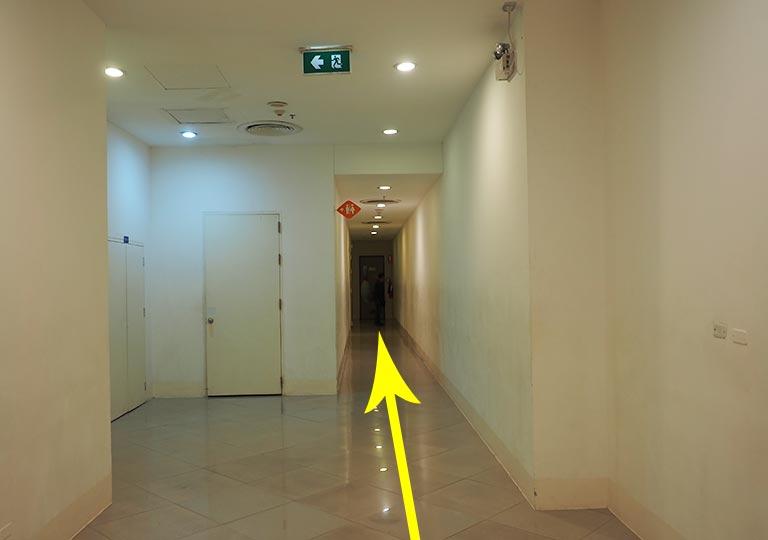 バンコク観光 タラートロットファイ・ラチャダーの撮影スポット エスプラネード(Esplanade)4階