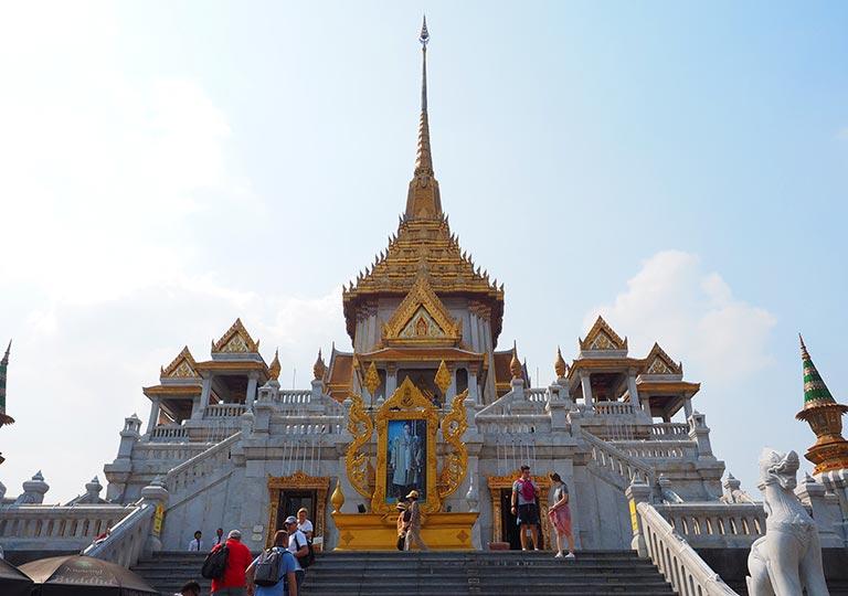 バンコク観光の穴場スポット ワットトライミット(Wat Trimit)