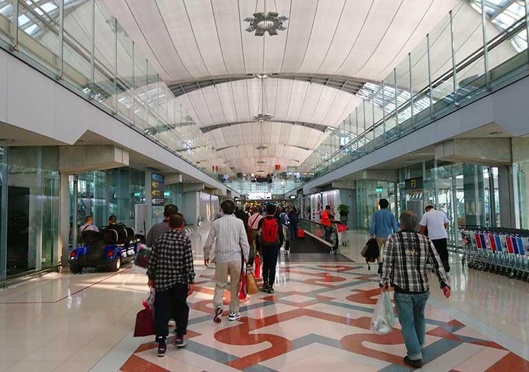バンコク観光 スワンナプーム空港