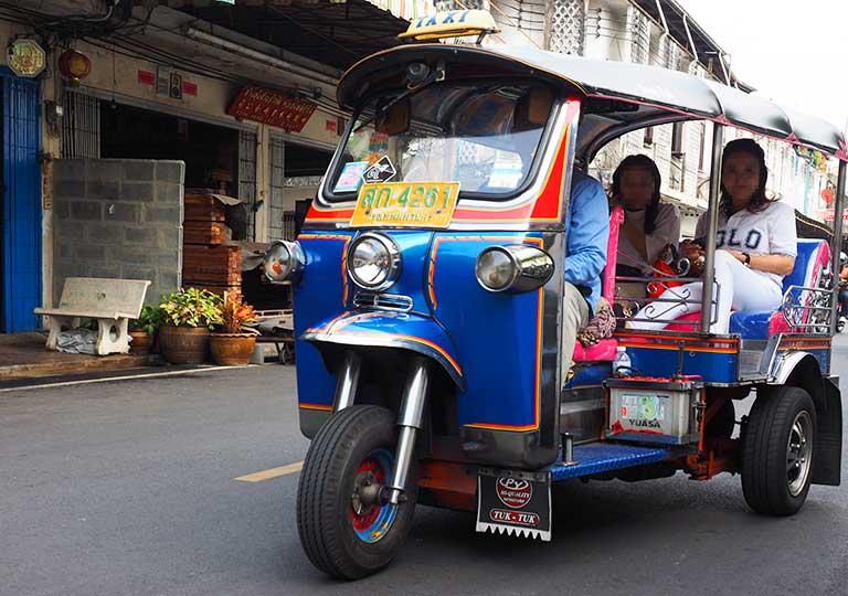バンコク観光 トゥクトゥク