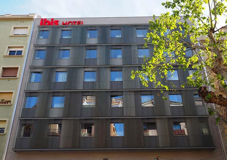 バルセロナ観光 サグラダファミリア近くのホテル アイビス バルセロナ セントロ サグラダ ファミリア(ibis Barcelona Centro Sagrada Familia)