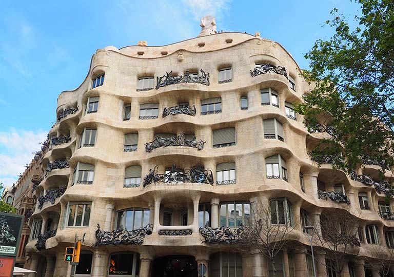バルセロナ観光 カサミラ(Casa Mila)