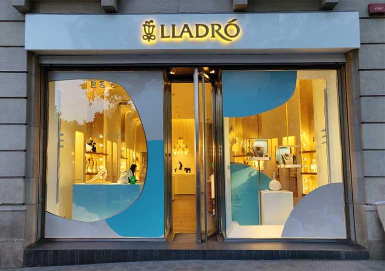 バルセロナ観光 LLADRO(リヤドロ)