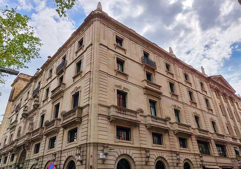 バルセロナ観光 カタルーニャ広場付近のホテル ホテル 1898(Hotel 1898)